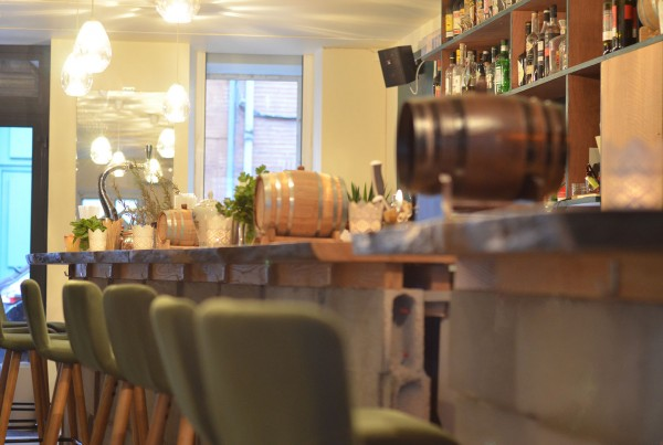 comptoir bar cocktail, conception et réalisation sur mesure