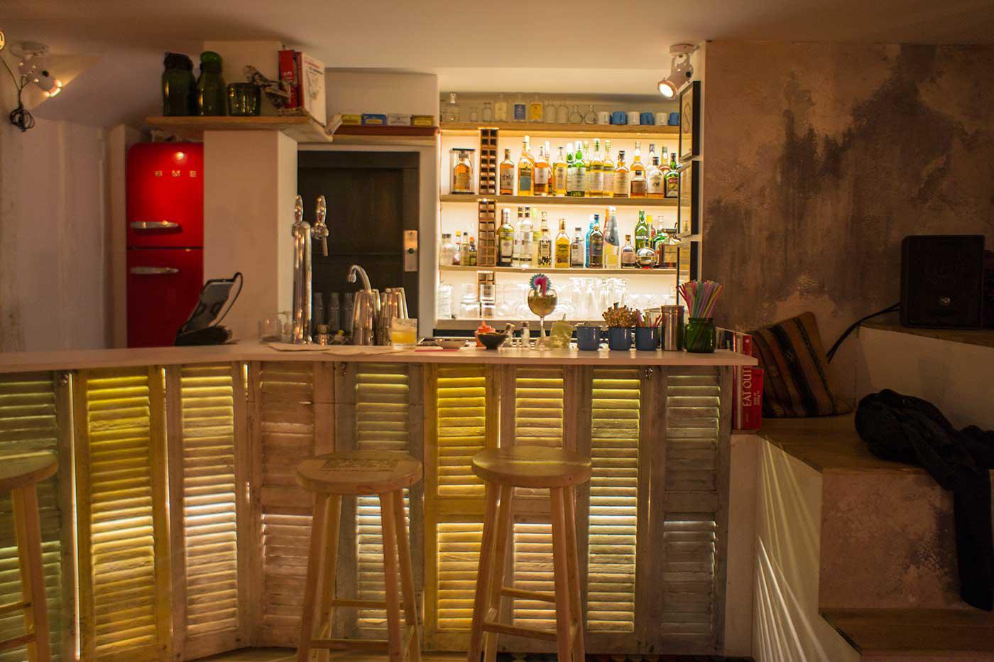 Le lavomatik, bar à cocktails speak easy situé au
