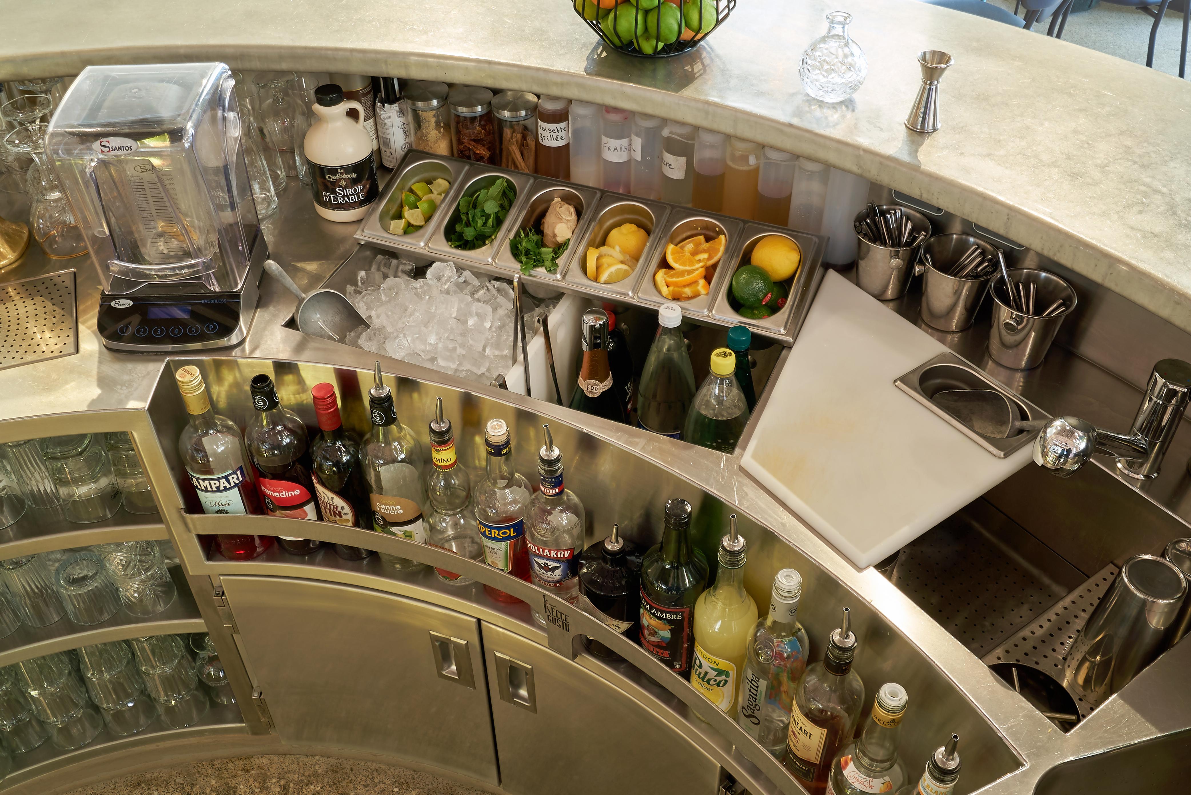 station cocktail arrondie sur mesure